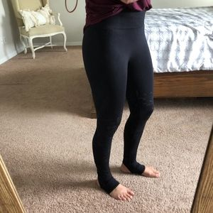 Fabletics Seamless Stirrup Leggings Lace Black